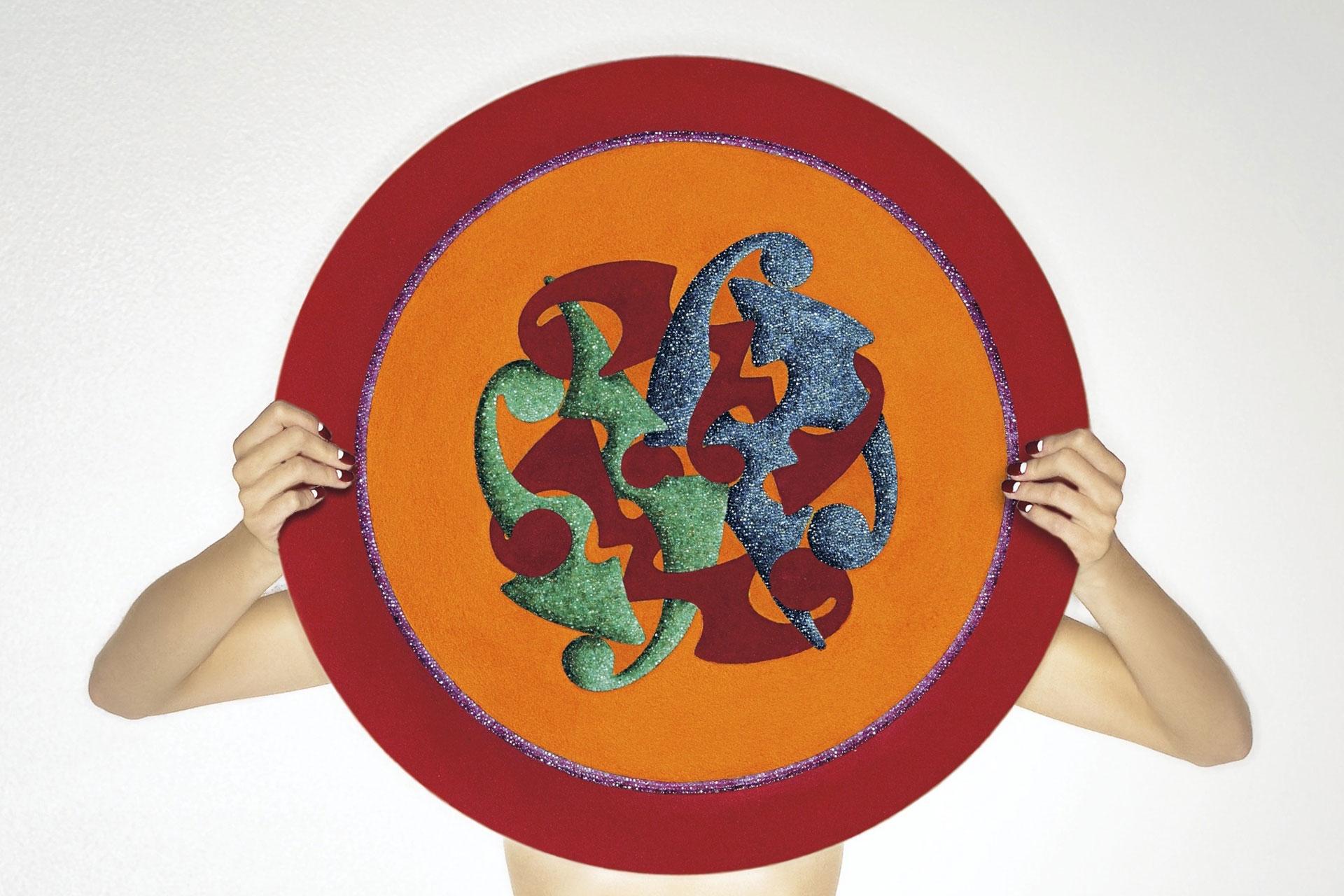 Tondo Cesari, 2009 - Disco alluminio, collage di quarzite dipinta, rubini, zaffiri,smeraldi, diametro cm 60