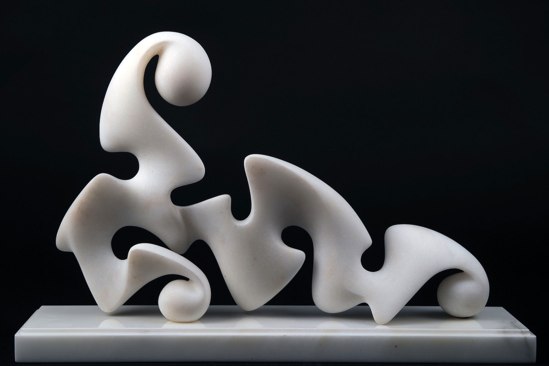 Bianca Odalisca, 2011 - Marmo bianco Thassos, cm 34x52x12