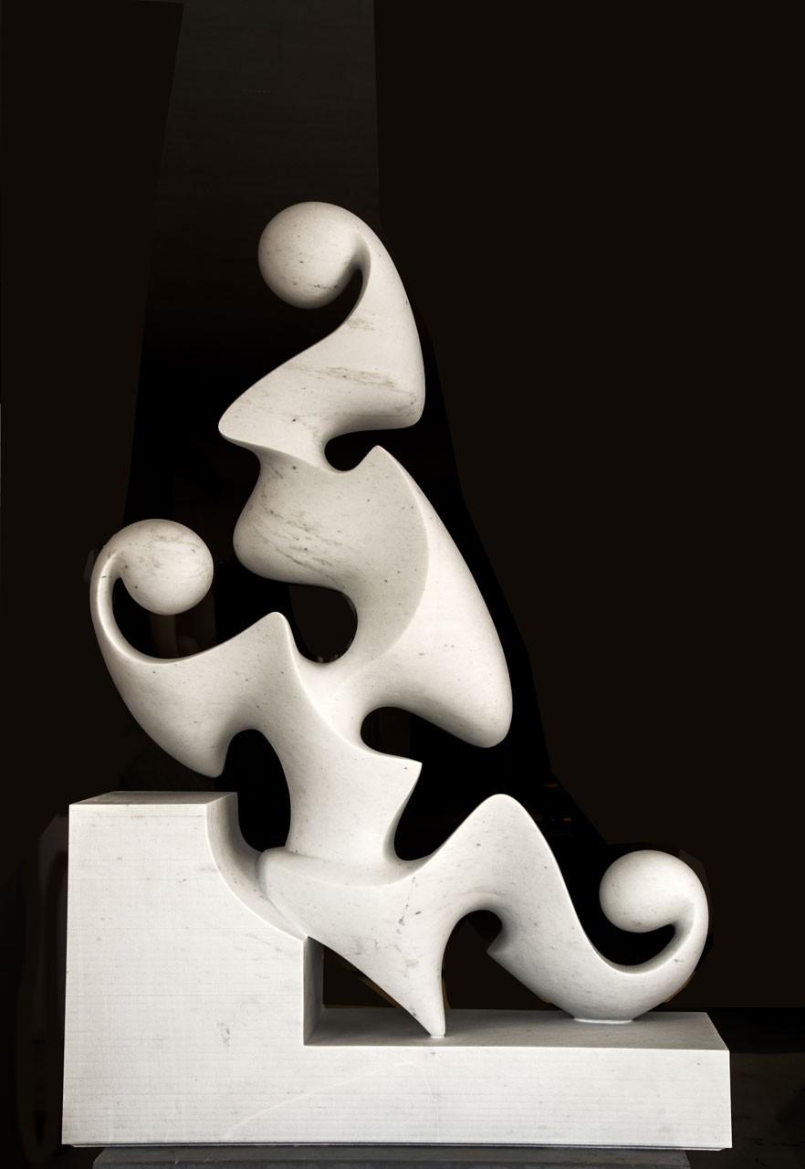 Vestale del Silenzio (verso) , 2013 - Marmo bianco P, cm 134x92,5x27 - Foto Erio Forli, Pietrasanta