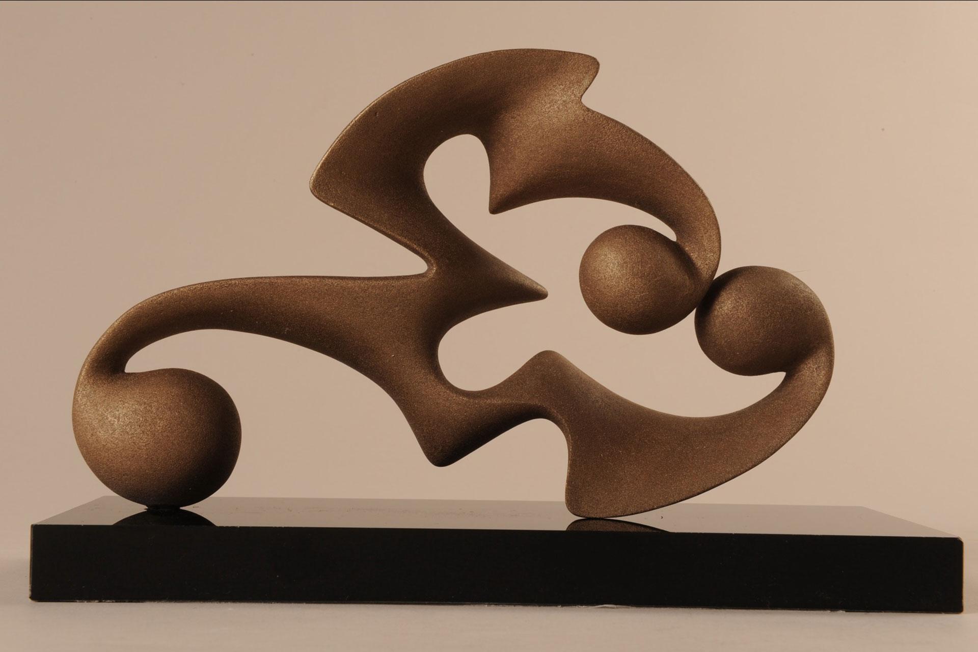 Disgiunto Svettante (Maquette per Elemento Plastico) , 2009 - Resina termoassemblata dipinta, cm 17x24x10