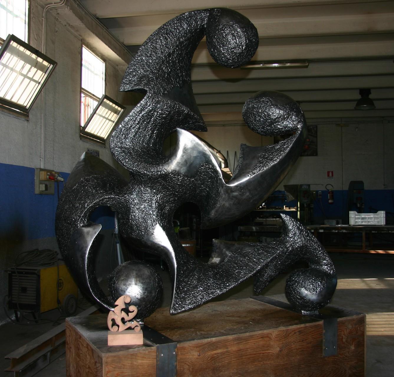 Mater, opera finita nel laboratorio Crisafulli